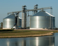 A pair of Brock 156-foot (47.5-m) diameter M-Series™ Bins in Minnesota.