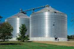 Brock's stiffened grain storage bin product line offers single bin capacities of up to 1.34 million bushels (44,550 m³).