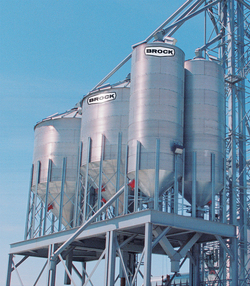 Brock's line of non-stiffened hopper-bottom bins are designed to meet a variety of needs.