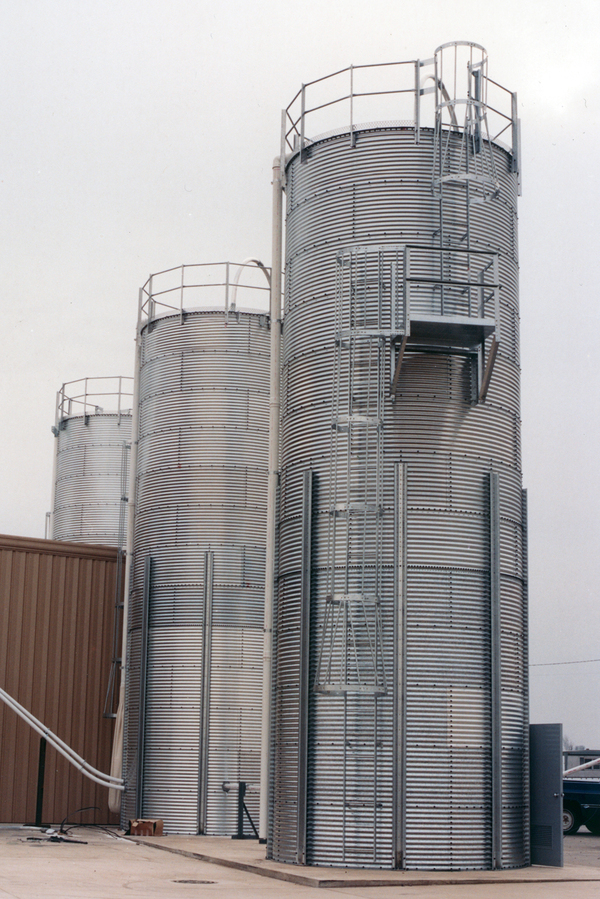 brock skirted storage silos brock systems for industrial storage